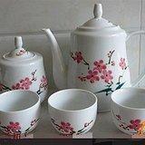 红色收藏 粉彩梅花瓷茶壶一套