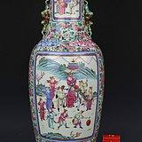 300件清道光粉彩开光人物故事《薛家将反唐全传》纹狮耳大瓶