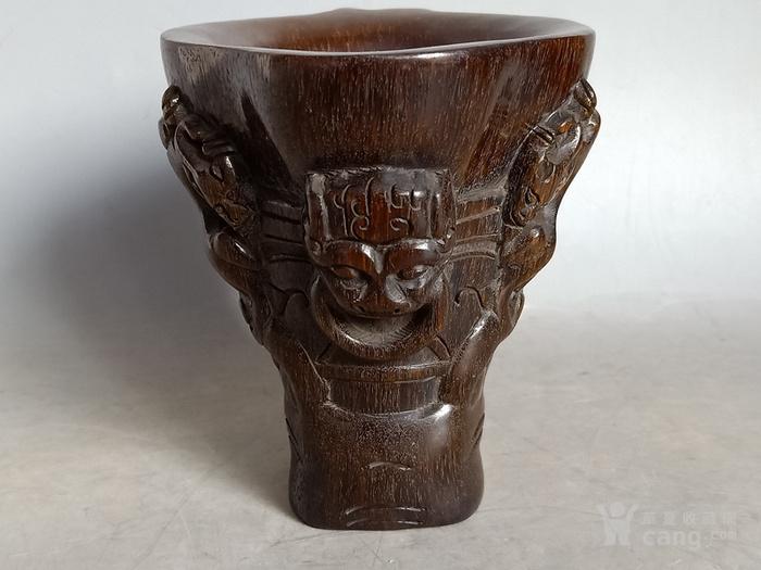 雕工不错的杯