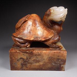 和田青白玉带红沁高浮雕龙龟大方玉印玺