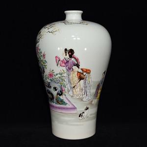 瓷器 粉彩仕女人物花卉梅瓶